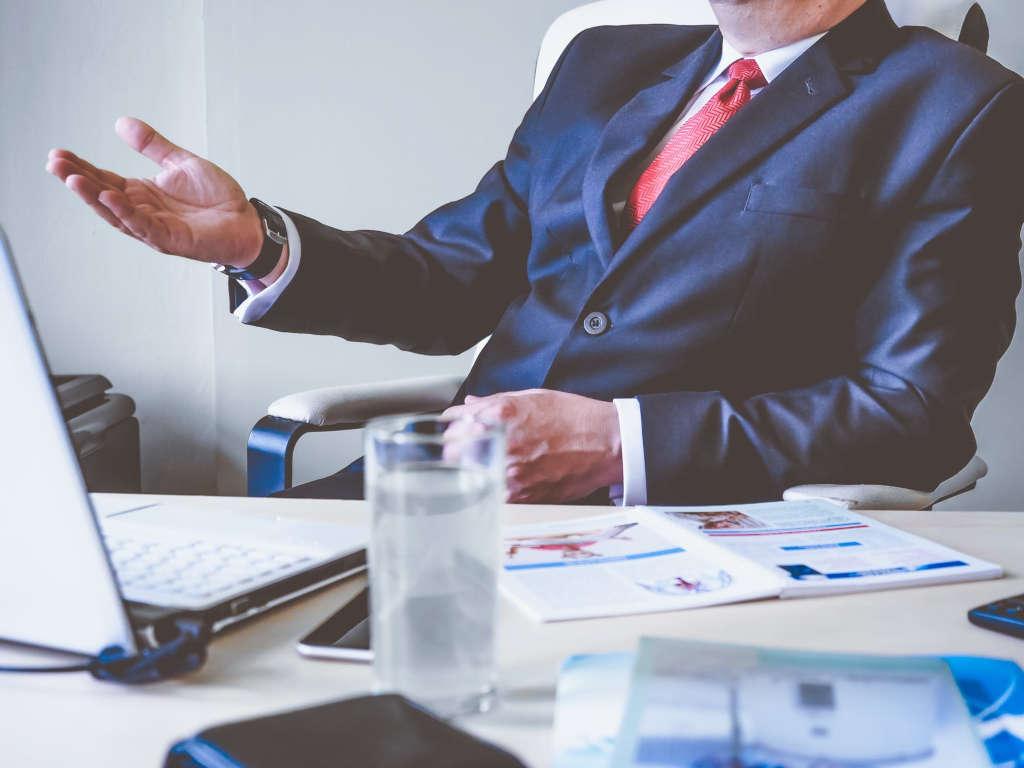 Questions à poser avant d'embaucher un avocat spécialisé en droit de l'immigration