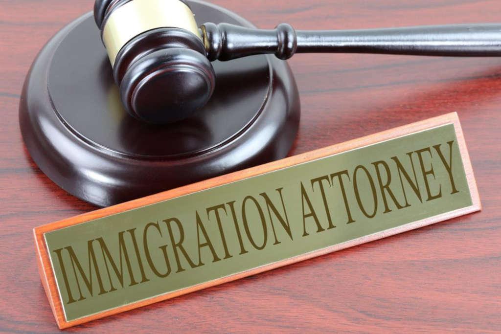 Comment trouver un avocat spécialisé en droit de l'immigration?